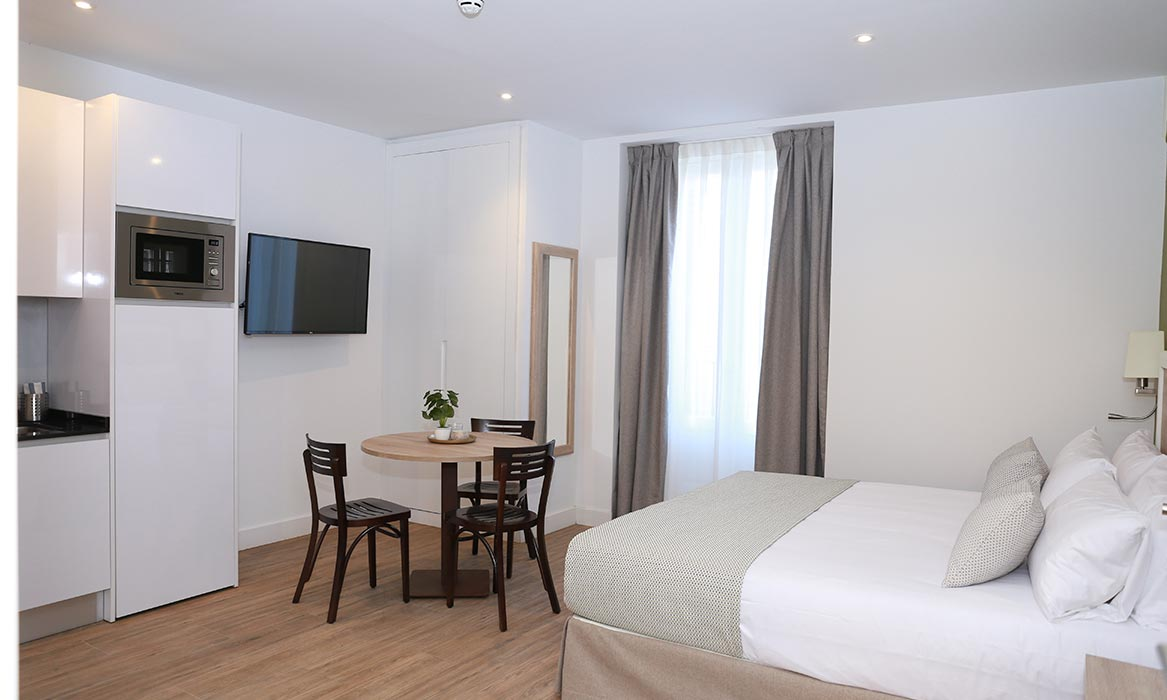 apartamentos madrid new point galeria 23