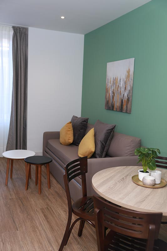 apartamentos madrid new point galeria 28