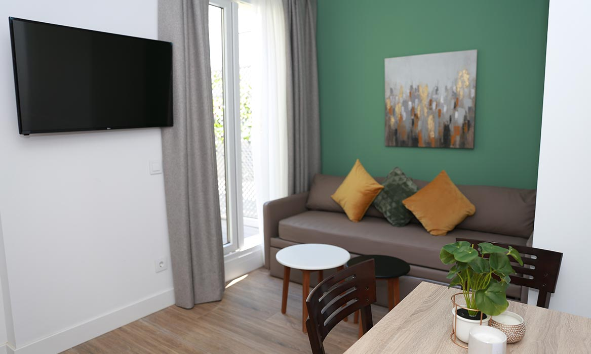 apartamentos madrid new point galeria 32